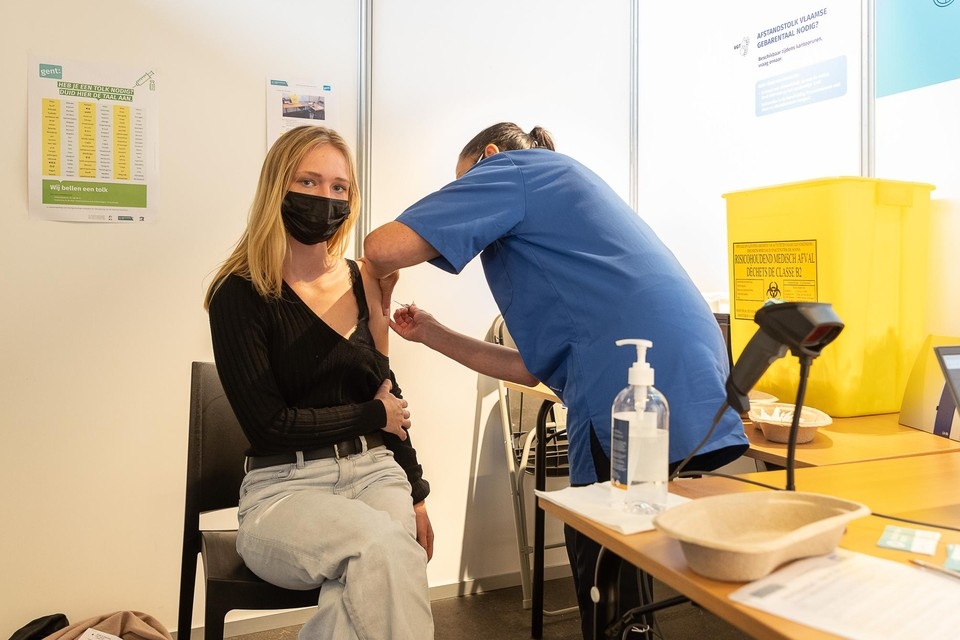 Iedere Gentenaar vanaf 12 jaar heeft intussen een uitnodiging gekregen voor een vaccin.