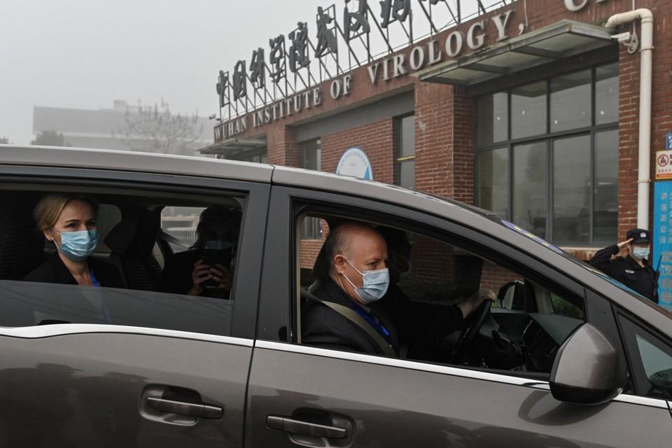 Het eerste WHO-onderzoeksteam in Wuhan.