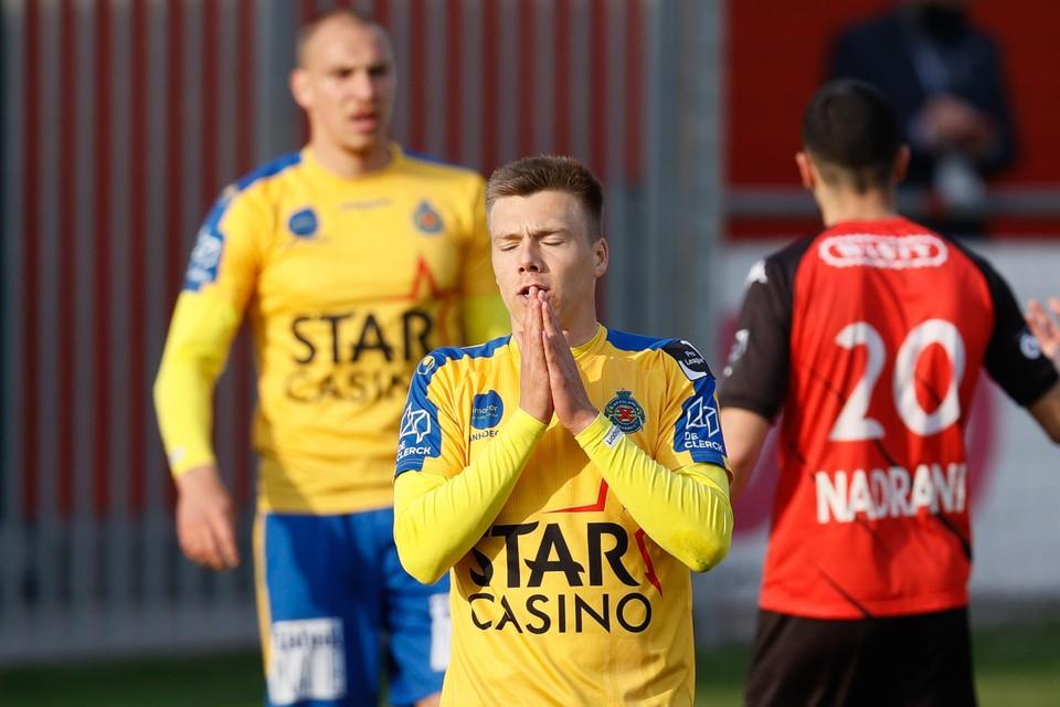 Heymans bij Waasland-Beveren. Hij scoorde negen keer, maar ging mee ten onder in de degradatieplay-off tegen Seraing.