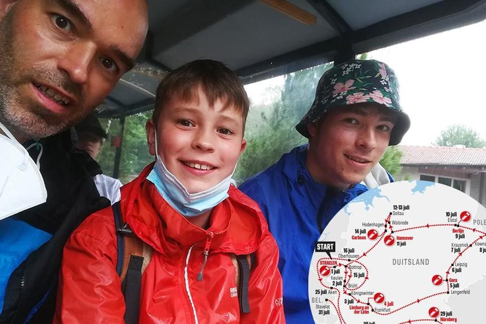 Benjamin Bruyninckx met zijn zoons Leon en Florian in Bayern Park.