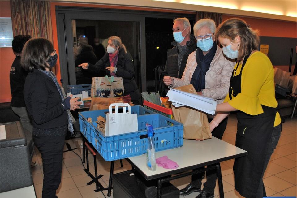 Katrien Weckx (rechts) begeleidt klanten en producenten.