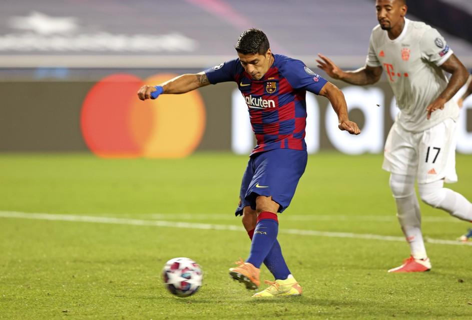 2-4 Luis Suarez