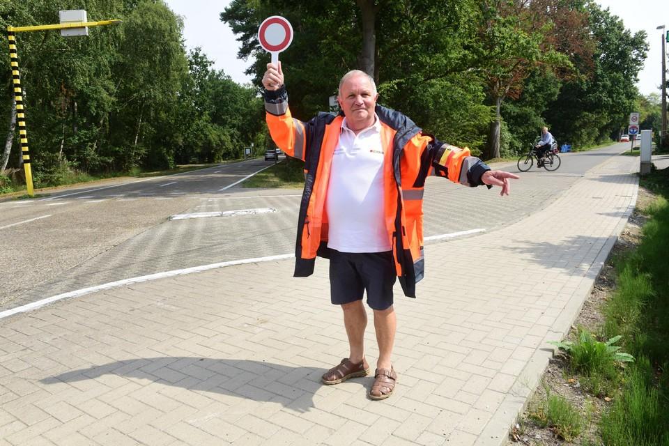 Cois Keysers in 2019 aan het kruispunt van de Antwerpsedreef en de Sint-Antoniusbaan.