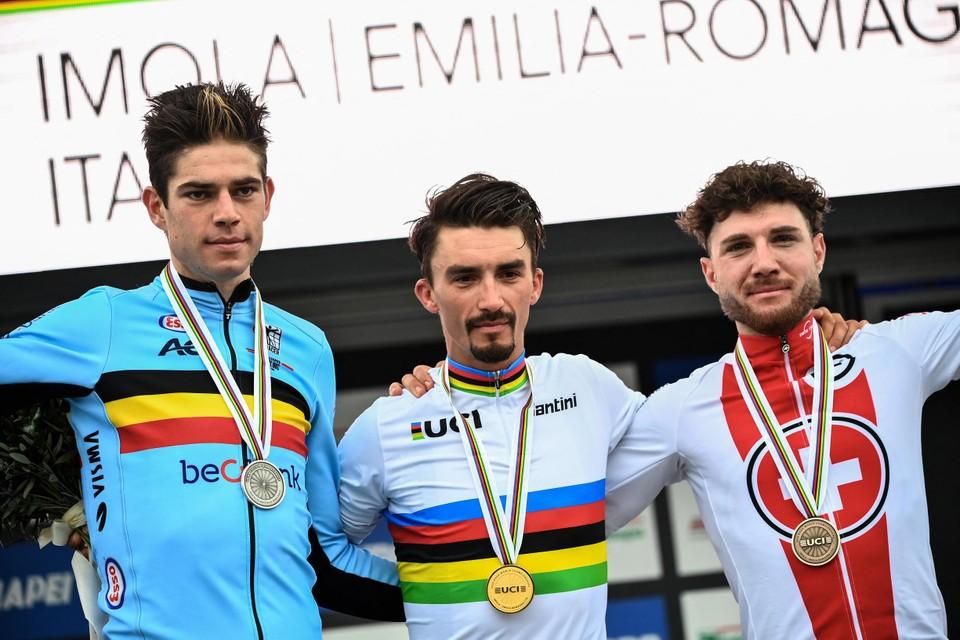 Het podium van vorig jaar in Imola: Wout van Aert, wereldkampioen Julian Alaphilippe en Marc Hirschi