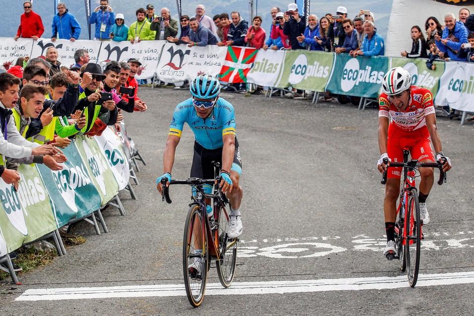 Miguel Angel Lopez (Astana team)  en Ivan Ramiro Sosa (Androni) twee jaar geleden in de Ronde van Burgos.