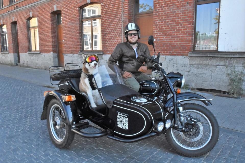 Maarten Mollie heeft heel wat bekijks als hij met zijn zijspan én husky door Kortrijk toeft. De toeristische rondritten die hij organiseert zijn zo succesvol dat hij er nu ook in Gent en Brugge wil organiseren.