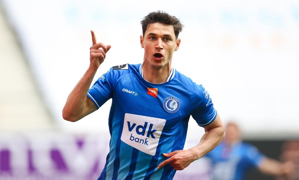 Roman Yaremchuk moet voorlopig niet hopen op een basisplek bij AA Gent.