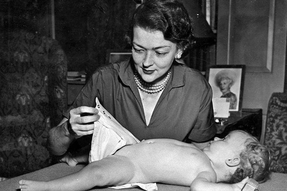Omdat haar dochter de slechte gewoonte had om in haar broek te doen telkens ze neergelegd werd voor een dutje, ging Marion op zoek naar een oplossing.