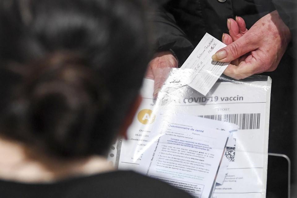 Meer dan 70.000 Vlamingen daagden wel op voor hun eerste prik, maar 'misten' hun tweede afspraak voor vaccinatie.