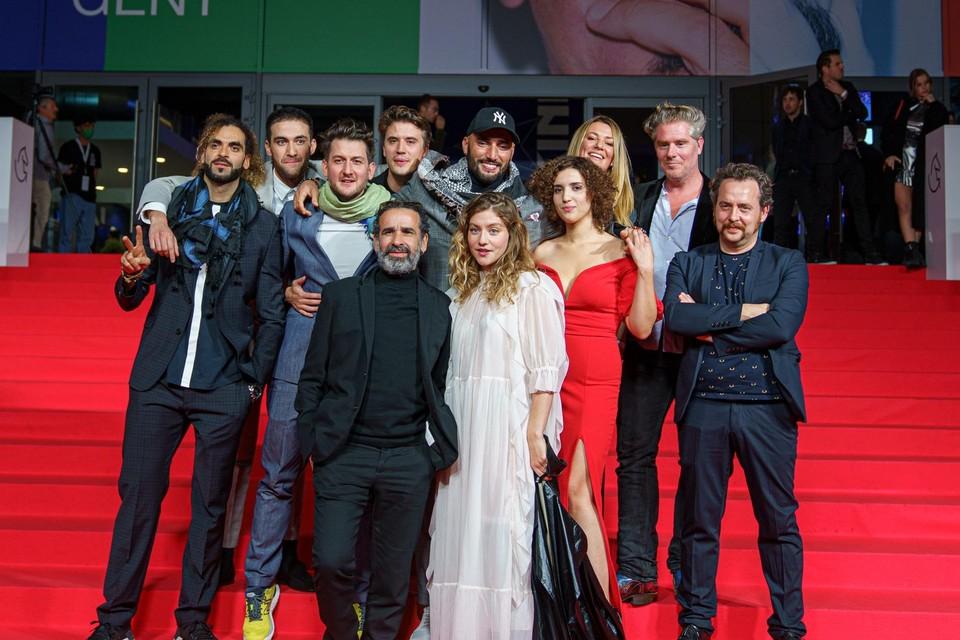 De cast en crew van 'Grond'.